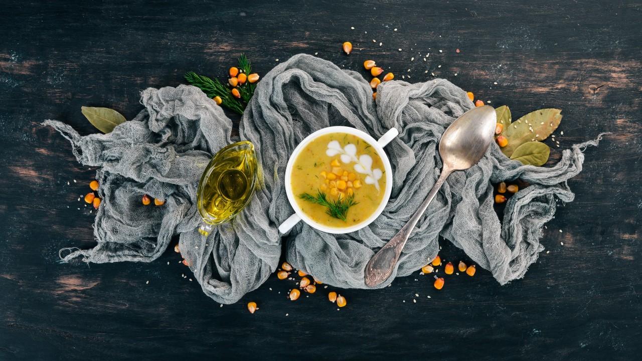 Kremowa-zupa-kukurydziana